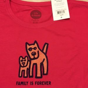 Life is Good T-shirt Family is Forever dog short
